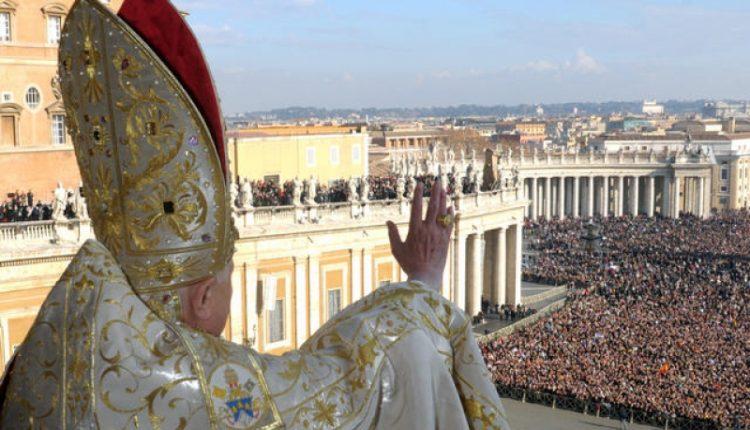 Popiežius Pranciškus pripažino, kad ir Vatikane susiduriama su korupcija