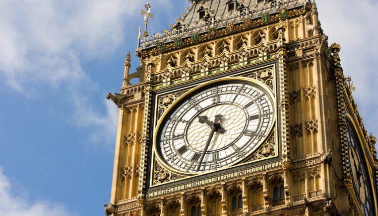 """Didžiosios Britanijos parlamentarai pritarė """"Brexit"""" įstatymo projektui"""