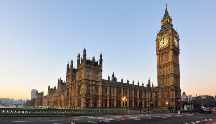 Jungtinė Karalystė tikisi tęsti dabartinę ES sutartį dėl laisvosios prekybos su 40 šalių