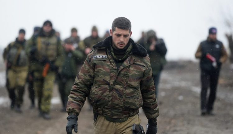 """Rytų Ukrainoje nužudytas įtakingas separatistų kovotojų vadeiva """"Givis"""""""