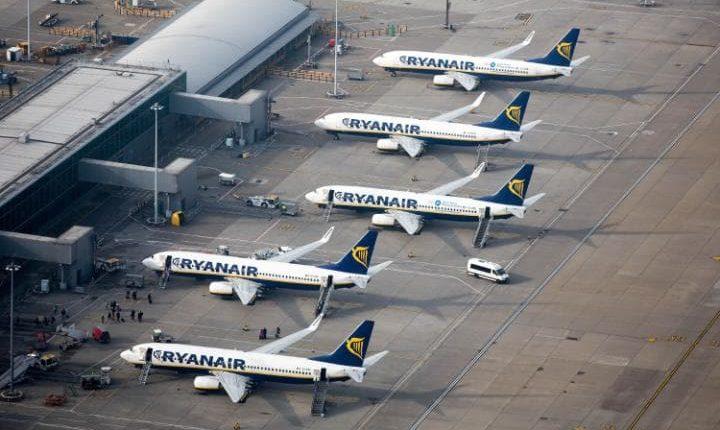 """""""Ryanair"""" nuo spalio pradės skrydžius į Ukrainą"""