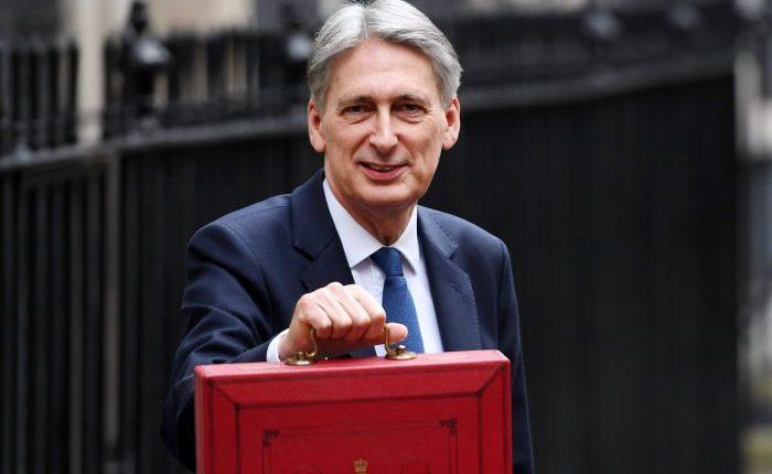 """Didžiosios Britanijos biudžetas: iždo departamentas prieš """"Brexit"""" nusiteikęs optimistiškai"""