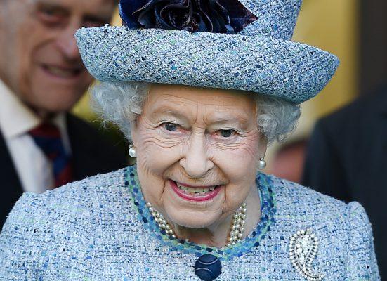"""""""Brexit"""" įstatymo projektas gavo karalienės pritarimą ir tapo įstatymu"""