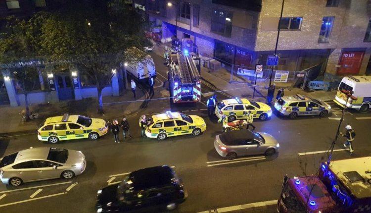 Londono naktiniame klube žmonės apipilti rūgštimi – 12 sužeistų