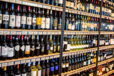 PSO teigia, kad lietuviai suvartoja daugiausia alkoholio pasaulyje