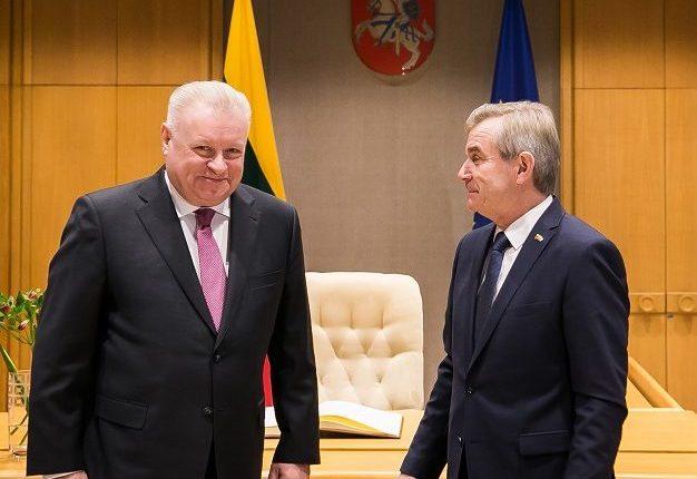 Rusija turi teisę iš Lietuvos reikalauti 72 mlrd. dolerių už SSRS investicijas – ambasadorius