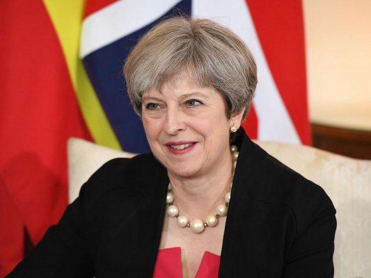 Jungtinės Karalystės premjerė pristatė anuliavimo įstatymo projektą
