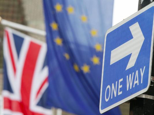 """ECB: """"Brexit"""" besiruošiantys britų bankai atsilieka nuo grafiko"""