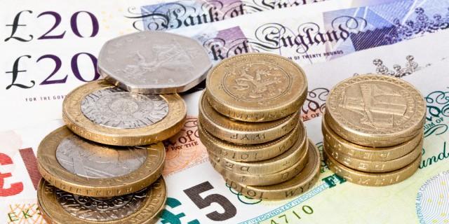 Britų statistikos biuras: 2015 m. einamosios sąskaitos deficitas buvo didesnis, nei manyta