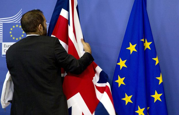 """Britanija po """"Brexit"""" gali siekti laikinos muitų sąjungos"""