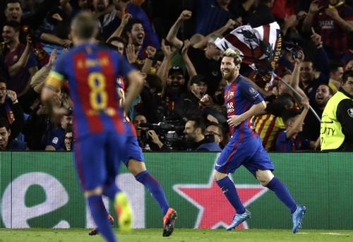 "Čempionų lygoje – antrosios ""Manchester United"", ""FC Barcelona"", ""Paris Saint-Germain"" ir ""Chelsea"" pergalės"
