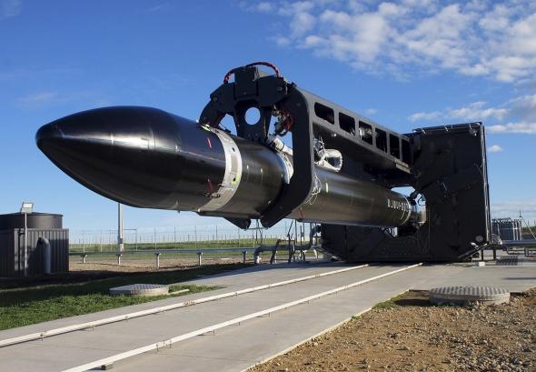 """Iš Naujosios Zelandijos į orbitą iškelta firmos """"Rocket Lab"""" raketa"""