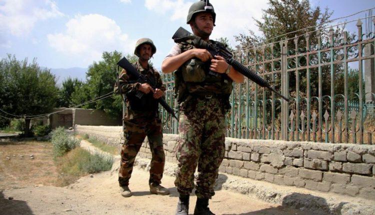 Kabule susisprogdinus mirtininkui, žuvo 11 žmonių, sužeisti 25