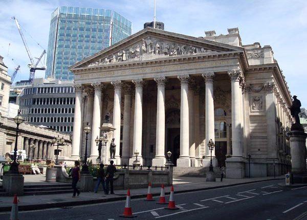 Dauguma Europos biržų prekybą baigė su pliusu, išskyrus Londoną