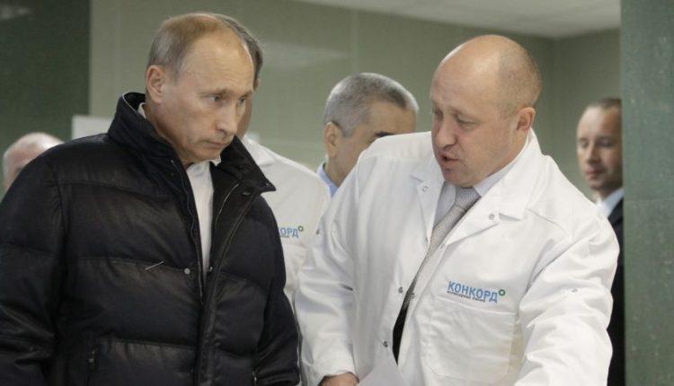 """JAV dėl kišimosi į rinkimus kaltina """"trolių fabriką"""" ir """"Putino virėją"""""""