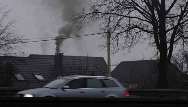 Dar vienas ES smūgis Lenkijai: ETT pripažino šalį kalta dėl oro kokybės normų pažeidimų