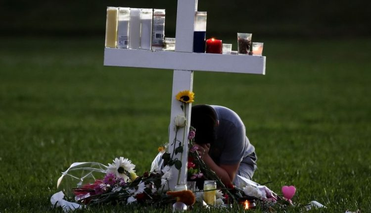 FTB buvo perspėtas dėl Floridos mokykloje siautėjusio šaulio, bet veiksmų nesiėmė