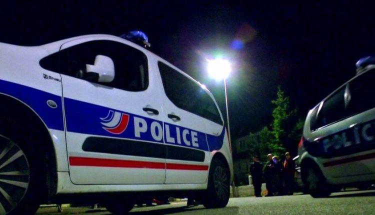 Prancūzijoje suimti trys asmenys, siejami su IS išpuoliais Barselonoje