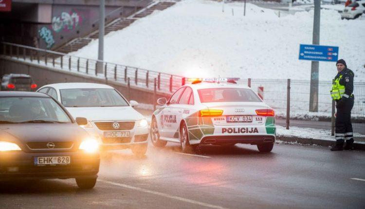 Policija nebejuokaus – už šį KET pažeidimą neteksite vairuotojo pažymėjimo