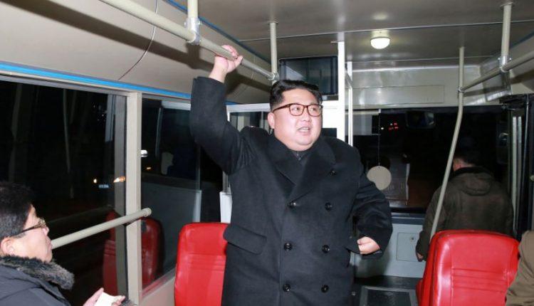 """Šiaurės Korėja """"neturi ketinimų"""" Pietų Korėjoje susitikti su JAV pareigūnais"""