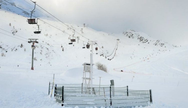 Lavina Prancūzijos Alpėse pražudė vyrą ir jo 11-metę dukterį