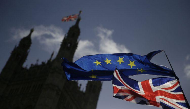 """Šiaurės Airija galėtų likti ES muitų sąjungoje ir po """"Brexit"""", sako M. Barnier"""