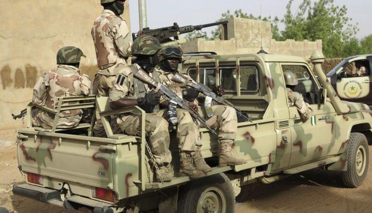 Nigerijoje per mirtininkų sprogdintojų atakas žuvo 19 žmonių