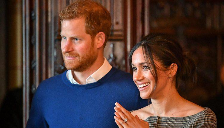 """Britanijos policija tiria princui Harry ir jo sužadėtinei atsiųstą """"rasistinį"""" paketą"""
