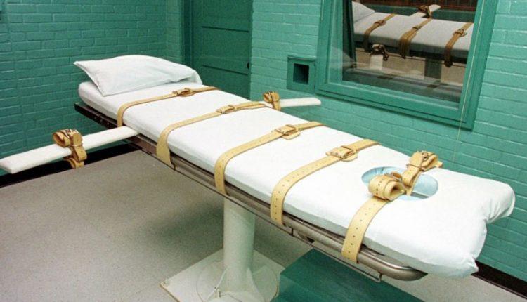 Kruviną egzekuciją išgyvenęs kalinys bus žudomas dar kartą?