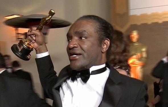 """Aktorės Frances McDormand """"Oskaro"""" statulėlę pavogęs vyras areštuotas"""