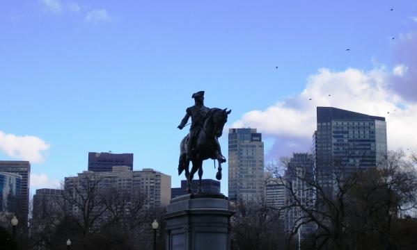 Į redakciją kreipėsi Bostone gyvenanti lietuvė, kurią kaimynai terorizuoja jau ne vienus metus.