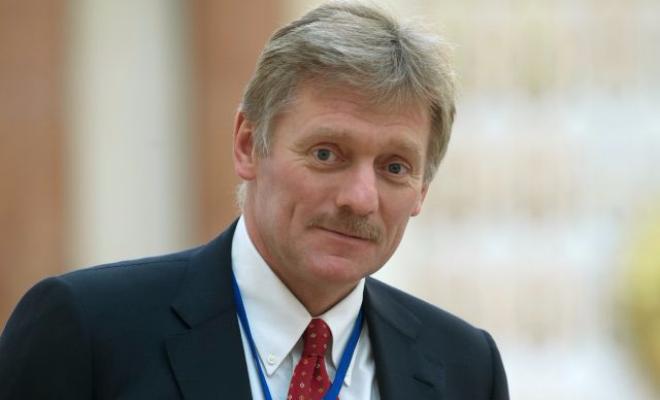 Kremlius tvirtina nežinąs, kas ištiko Britanijoje apnuodytą buvusį rusų šnipą