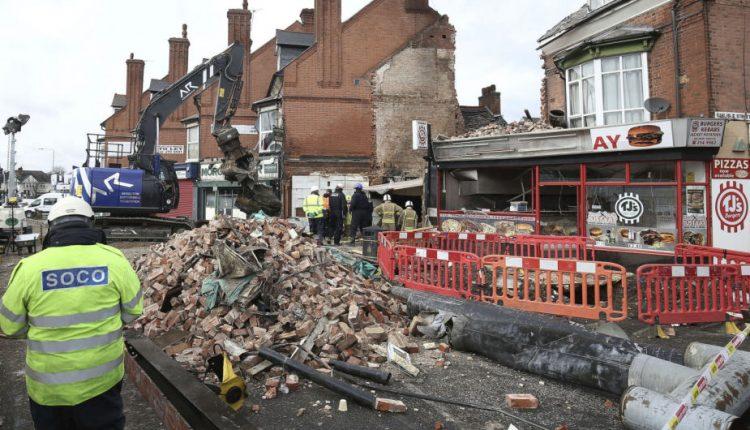 Dėl pražūtingo sprogimo Vidurio Anglijoje areštuoti trys vyrai