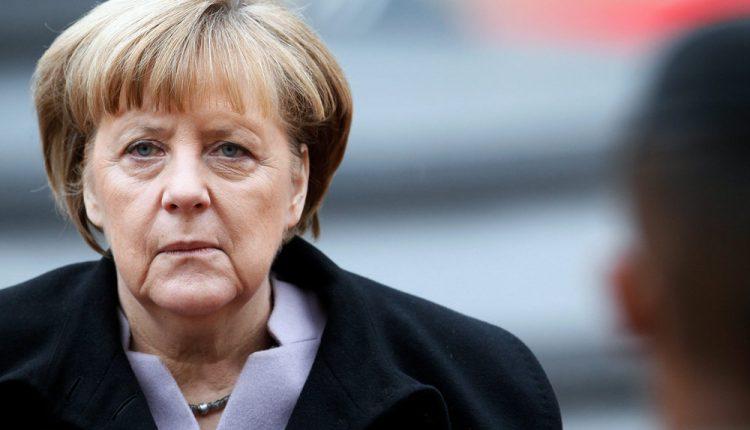 Vokietijos kanclerė sveikina koalicijos susitarimą ir nori greitai pradėti darbą