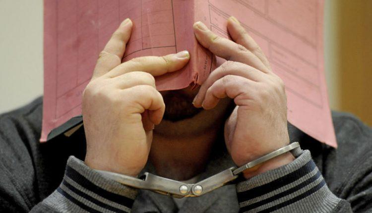 Vokietijoje kalinamas slaugytojas spalį bus teisiamas dėl 97 pacientų nužudymo