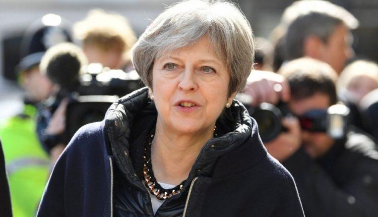 Tuskas ir May aptarė ES reakciją į buvusio rusų šnipo apnuodijimą